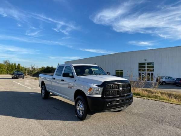 Photo 2017 RAM RAM PICKUP 2500 TRADESMAN - $20,990 (Sarasota, FL 941-408-4199)