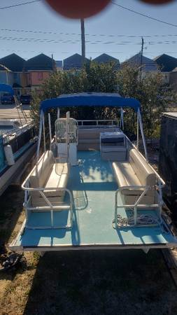 Photo 2439 Pontoon Boat For Sale By Owner - $15,000 (Panama City Beach)