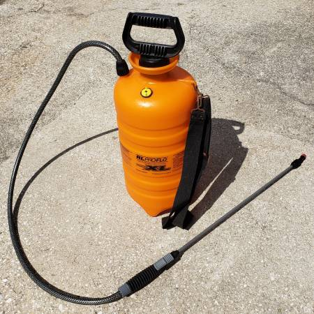 Photo 3 gallon sprayer - $20 (Lynn Haven)