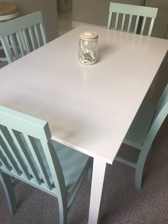 Photo Beachy mint green and white dining set - $290