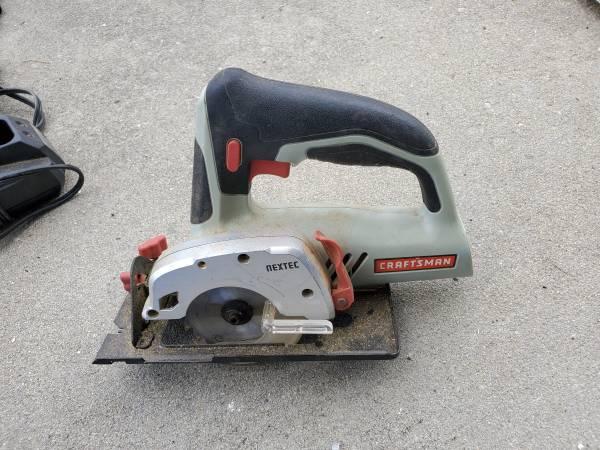 Photo Craftsman 3 38in. Circular saw (no battery) - $75 (Lynn Haven)
