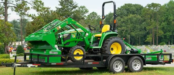 Photo John Deere 3D Series Tractor Package - $23,199 (Call CJ  229-305-6469)