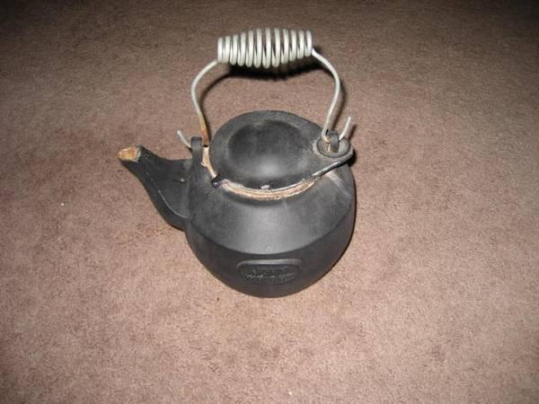 Photo John Wright Cast Iron Teapot Kettle - $30 (Lynn Haven)