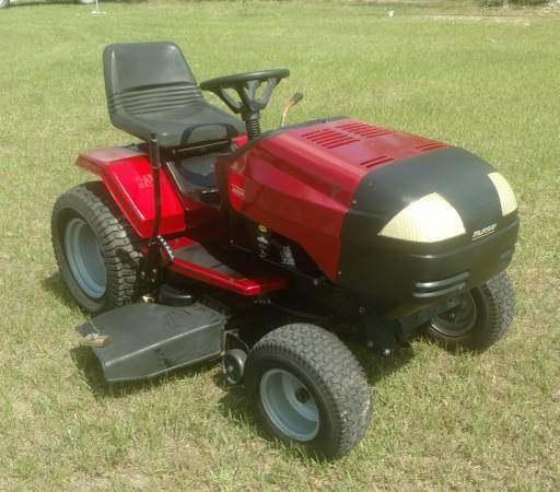 Photo Murray Heavy Duty 46 in 18 12 hp Riding Mower - $550 (Marianna, fl)