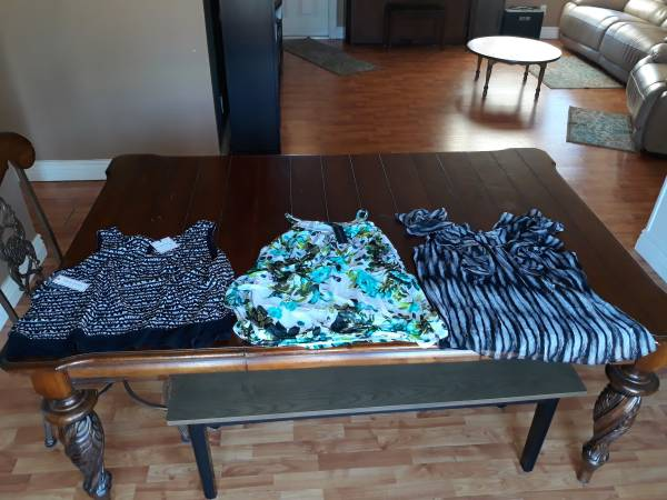 Photo NEW AND USED CLOTHING FOR SALE - $600 (Panama City Beach)