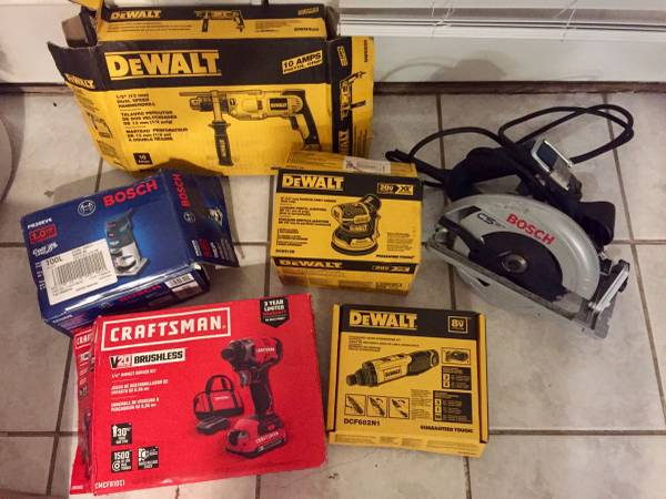 Photo New  used power tools. Saws, drills, impacts, sanders, routers - $40 (Panama City Beach)