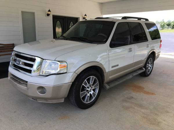 Photo 2008 FORD EXPEDITION EDDIE BAUER  3RD ROW SEATS  - $3950 (Dothan,AL)