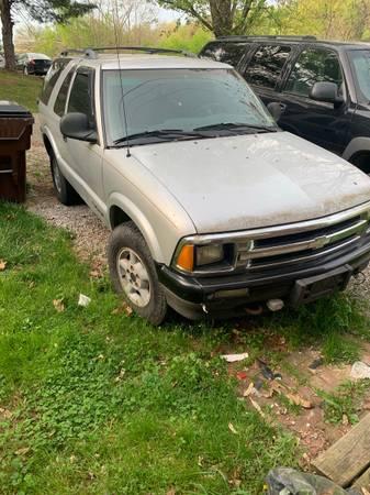 Photo 1997 Chevy S10 Blazer - $800 (Marietta)