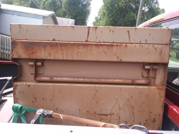 Photo Excelent Knaack tool box - $200 (vienna)