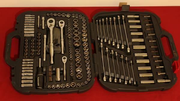 Photo Husky 185 Piece Mechanics Tool Set - $75 (River City Jewelry  Pawn (Belpre))