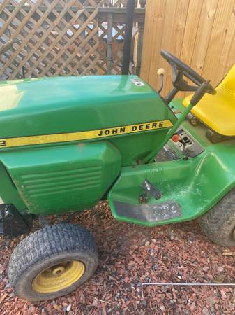 Photo 1977 John deer riding mower - $2,000 (Lewistown)