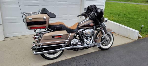 Photo 2004 Harley Davidson ElectraGlide Classic - $7,900 (Lebanon, Pa.)