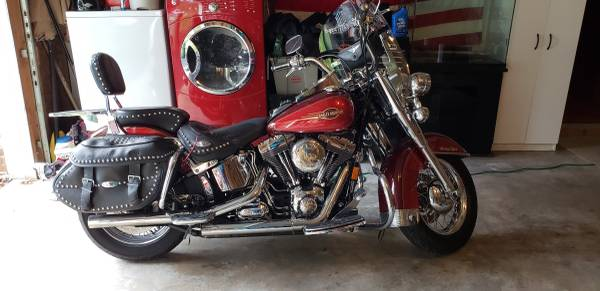 Photo 2008 Heritage Softail - $7,000 (Red Lion)