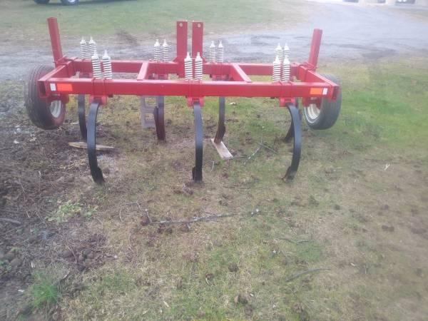 Photo 7 shank chisel plow 3pth - $1350 (Mill Hall)
