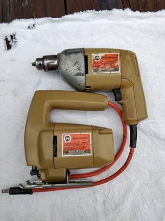 Photo Black  Decker drill and jigsaw - $25 (Reedsville)