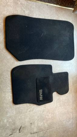 Photo Bmw 328i Floor Mats - $30 (State College)