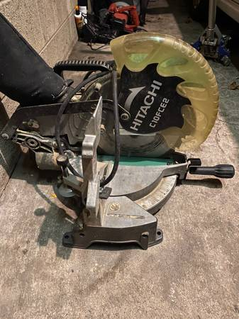 Photo Craftsman air compressor - $175 (McClure)