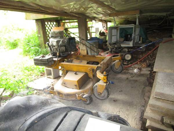 Photo cub cadet 54quot Pull behind finesh mower - $600 (Mount Union PA)