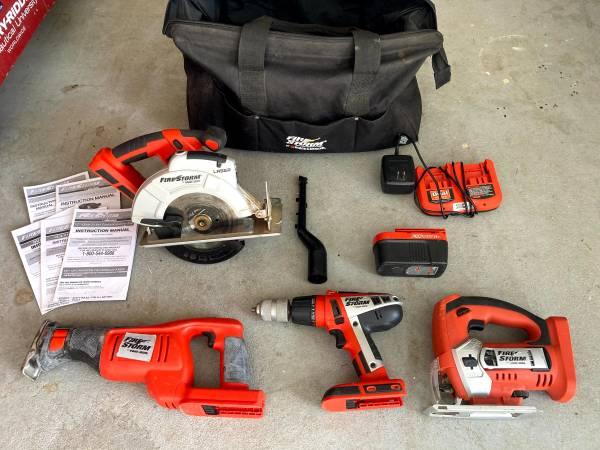 Photo 18 Volt Black and Decker Cordless Tool set - $75 (Pensacola)
