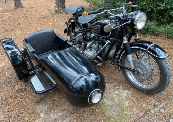 Photo 1968 BMW R602 Vintage Motorcycle with Sidecar  Hand Shifter - $22,500 (Dustin)