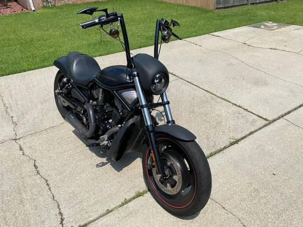 Photo 2007 Harley V-Rod - $6,500 (Milton)