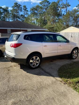 Photo 2011 Chevy Traverse LTZ - $8,500 (Pensacola)