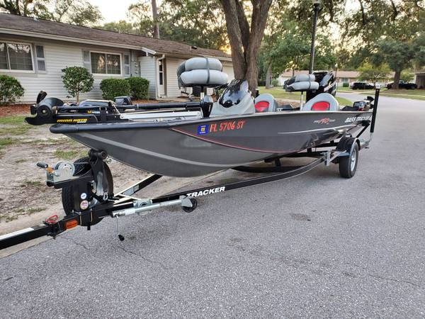 Photo 2014 Bass Tracker Pro Team 190 Tx - $18,000 (Milton, Fl)