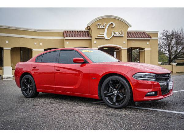 Photo 2015 Dodge Charger RT  370hp  Loaded  Race-Inspired  HURRY  CALL - $22977 (TEDCIANO.COM)