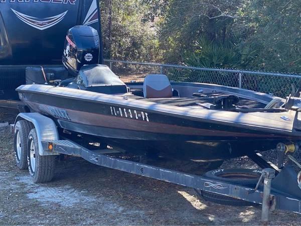 Photo 20391quot Bullet Bass Boat - $13,000 (Navarre)
