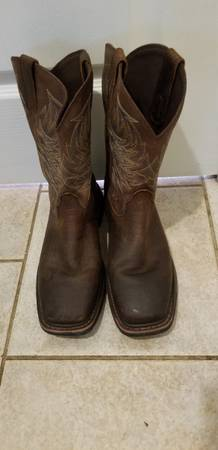 Photo Ariat Boots - $100 (Cantonment)