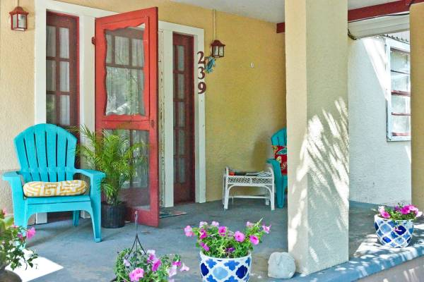 Photo BEACH HOUSE 1 12 blocks from beach, available in DEC (Bay St Louis)