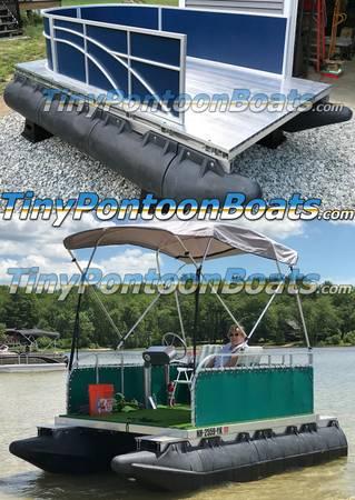 Photo Bolt-together small pontoon boat kits - platic floats aluminum frames