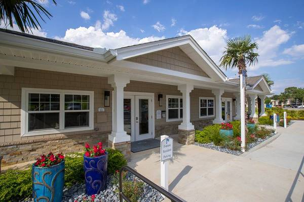 Photo Find your new home today Accepting applications for our waitlist (3208 College Court Gulf Breeze, FL)