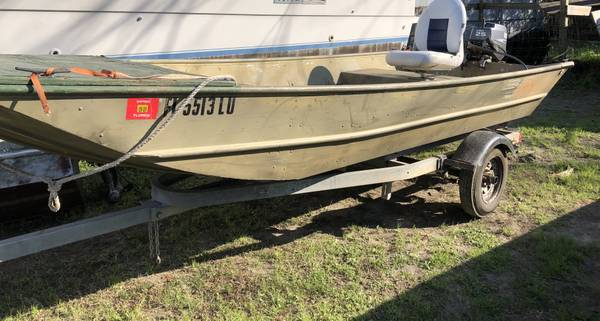 Photo G3 boat w25hp Yamaha motor - $2500