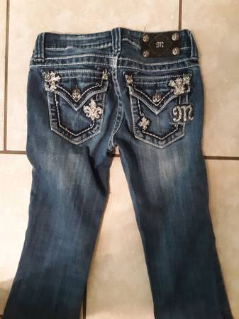 Photo Girls Miss Me Jeans - $25 (Atmore)