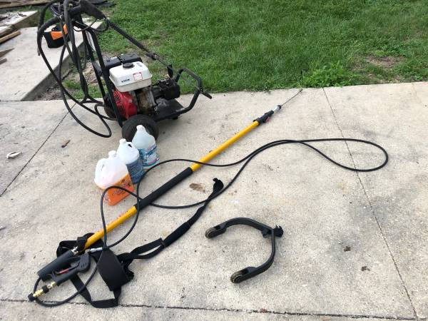 Photo HONDA 3000 PSI COMMERCIAL PRESSURE WASHER W OTHER TOOLS - $495 (PENSACOLA)