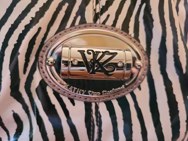 Photo KATHY VAN ZEELAND PURSE - $75 (Pensacola)