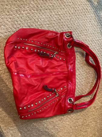 Photo Kathy Van Zeeland purse - $18 (Milton)