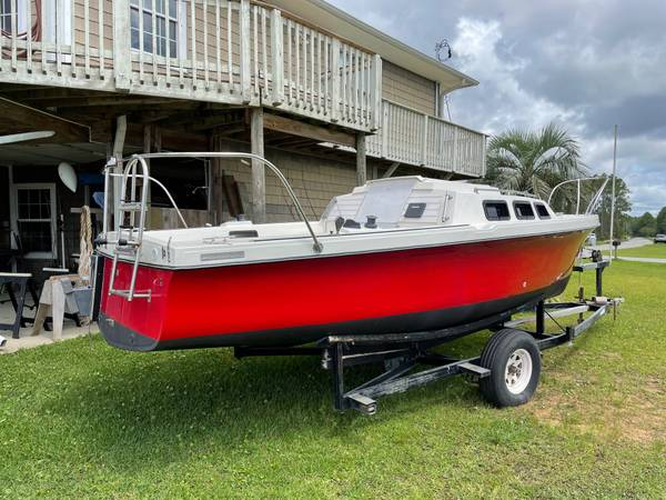 Rhodes 22 sailboat - $11,000 (s. milton. avalon blvd)