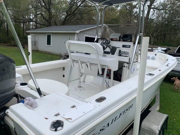 Photo Sailfish 216 Center Console Boat - $15,500 (Pensacola Fl)