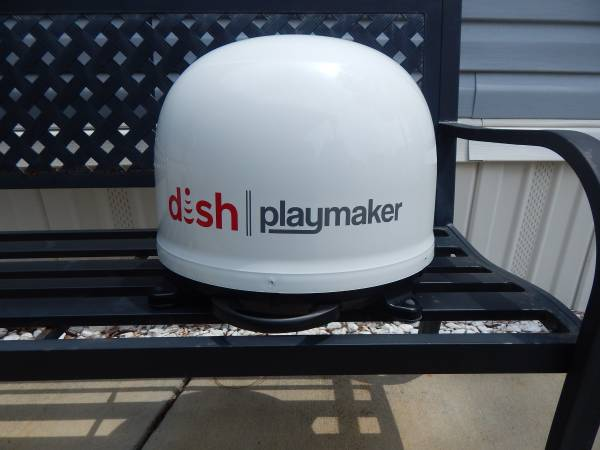 Photo Winegard Playmaker TV Antenna - $275 (Navarre)