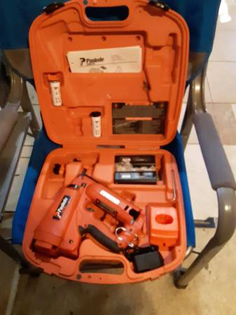 Photo paslode impulse finish nailer(cordless) - $200 (pace,fl. 5 points)