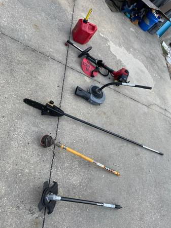 Photo toro commercial weedeater with attachments excellent working condition - $245 (pensacola)
