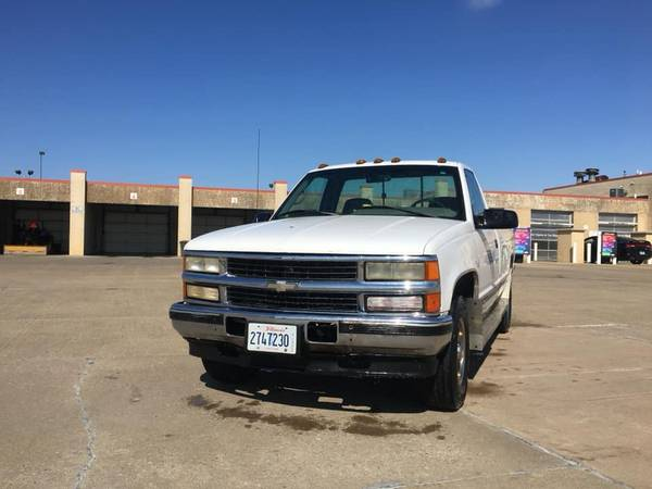 Photo 1995 Chevy c2500 Turbo Diesel 6.5v Long Bed Truck - $3000 (Pekin)
