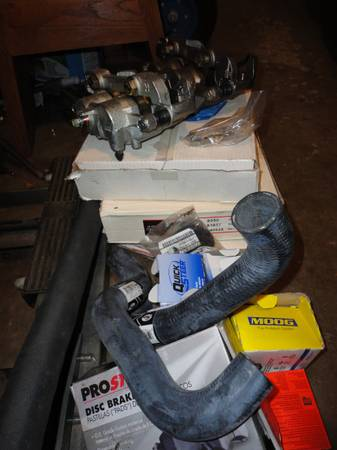 Photo 2001 nissan new parts never used frontier - $350 (Peoria)