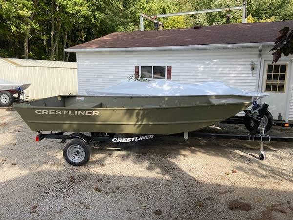 Photo 2020 1448 Crestliner MT Jon Boat