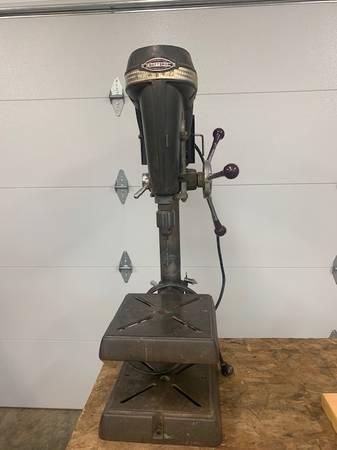 Photo Craftsman 1954 Drill Press - $280 (CHILLICOTHE)