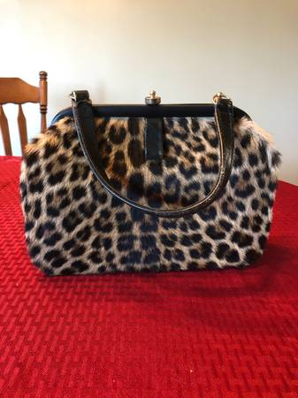 Photo GENUINE Leopard Purse and Coin Purse - $295 (Washington, IL)