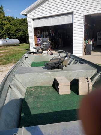 Photo Mud boat - $5,200 (London mills)