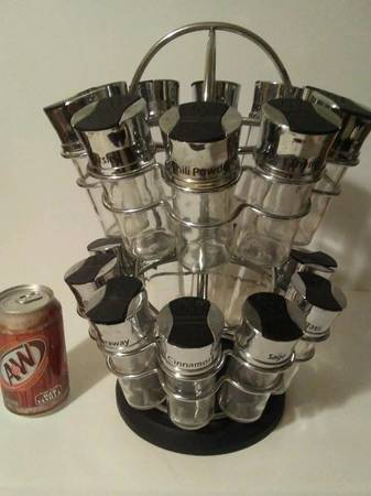 Photo Spice rack with 20 glass jars - $15 (East Peoria)